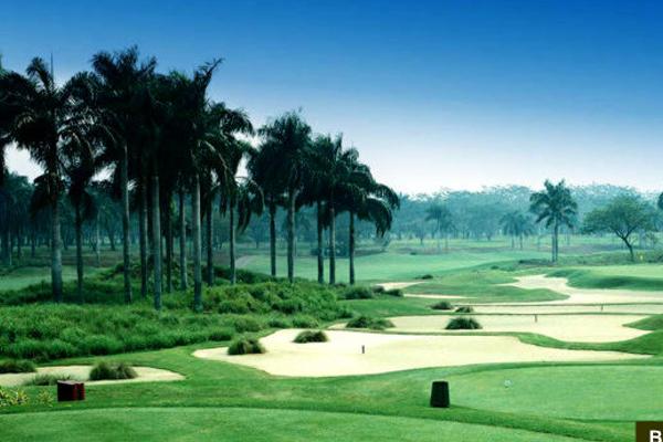 lapangan golf batam